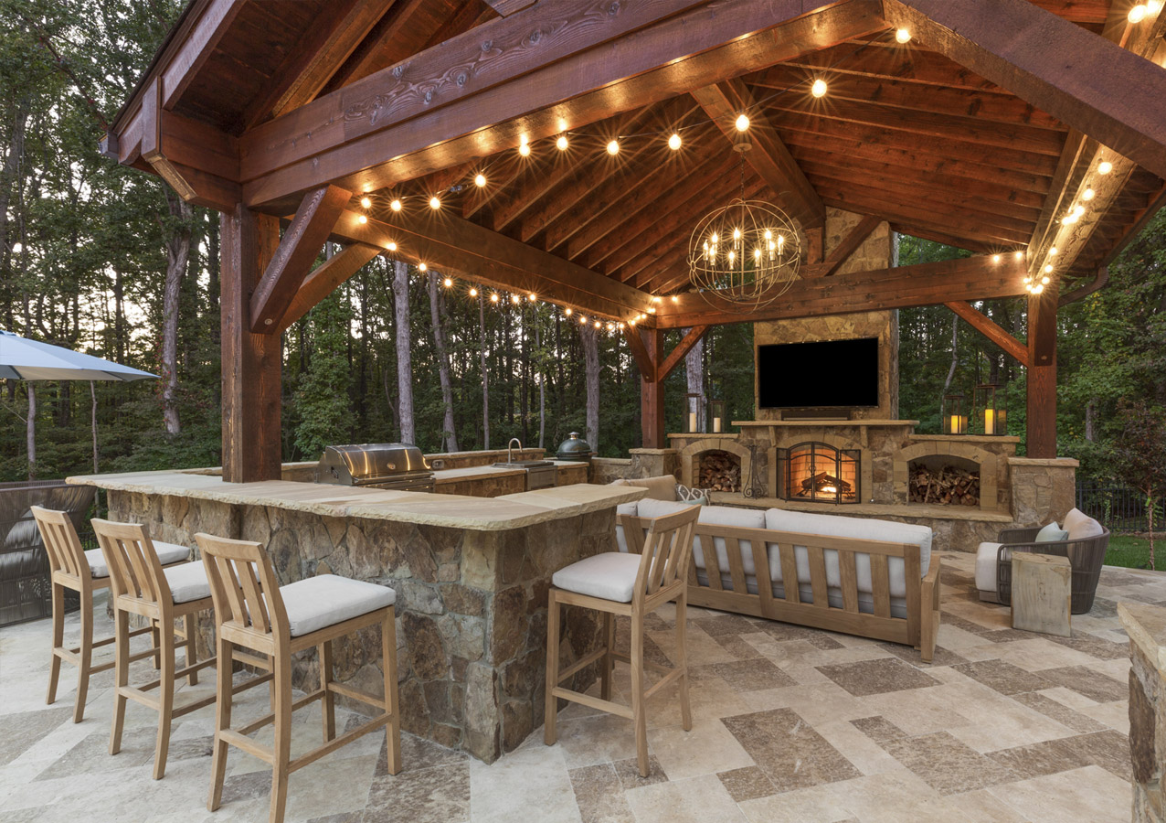 Quality Custom Built Outdoor Kitchen Construction Charlotte NC